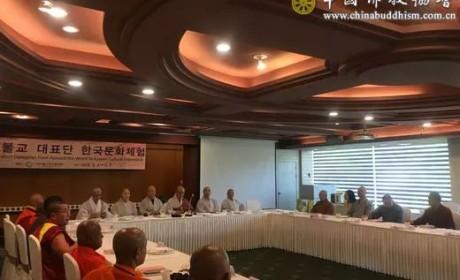 中国佛教代表团赴韩国出席燃灯会庆祝活动