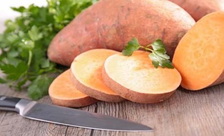 素食丨味道清爽可口的凉拌红薯叶 就是这样做的