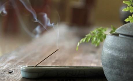 香气进阶丨如何让一袭普通的夜帐变得活色生香?