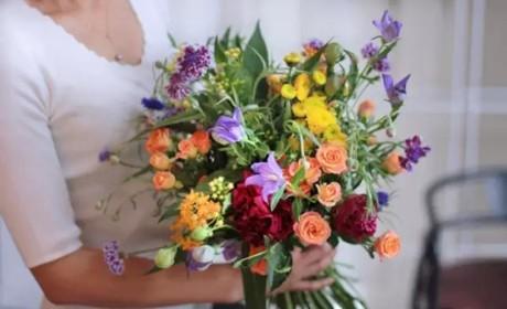 用好这五种色彩搭配,让你的插花更加漂亮