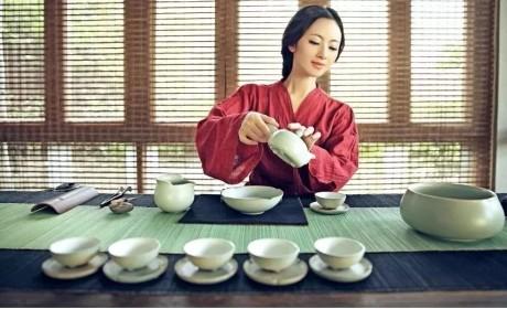 茶服丨传承千年风度:会行走的艺术,禅意的生活方式
