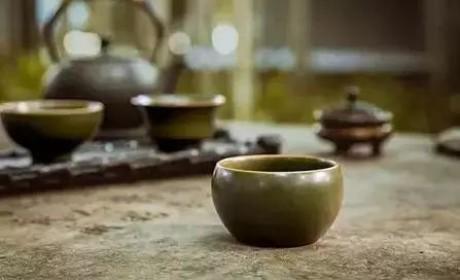 茶末釉丨贵族追捧、百万身价,带着茶香的釉色竟来自一场意外