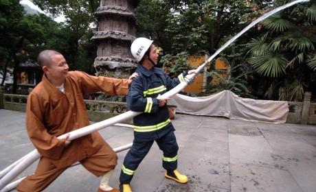 亚马逊大火引人关注 寺院该如何做好防火工作?