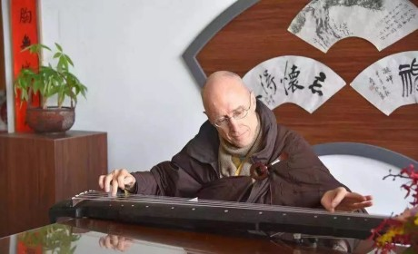 """美国万佛城恒实法师来中国参访受关注 来了解一下这位""""洋和尚"""""""