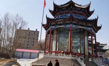 菩萨垂泪 春风含悲|吉林省全省佛教活动场所降半旗志哀(组图)